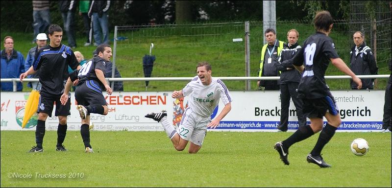 Sie betrachten ein Bild aus dem Artikel: Erste Saisonniederlage für den VfB Speldorf