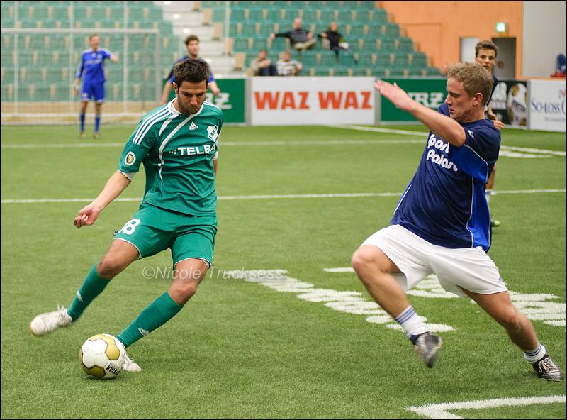 Sie betrachten ein Bild aus dem Artikel: Fußball-Hallenstadtmeisterschaft: VfB Speldorf erreicht Endrunde